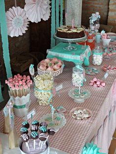 Shabby Chic Home Decor Candy Bar Party, Candy Table, Candy Buffet, Dessert Table, Anniversaire Candy Land, Cumpleaños Shabby Chic, Bar A Bonbon, Party Fiesta, Sweet 16 Parties