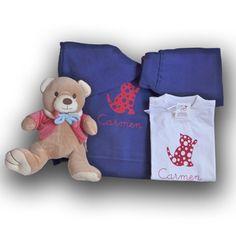 CHANDAL BEBE PERSONALIZADO CON DISEÑO GATITO. Ropa personalizada para bebé. Ropa y regalos personalizados para recién nacido. Cesta para bebé. Canastilla para recién nacido.