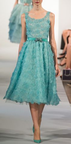 seafoam lace dress / oscar de la renta