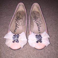 Libby Edelman jeweled Bow flats These flats are super feminine and flirty. Great for day or night. Libby Edelman Shoes Flats & Loafers