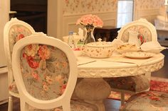 floral victorian style chairs