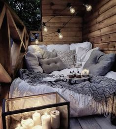 Sweet and Romantic Bedroom Ideas You Would Love To Have; Sweet and Romantic Bedroom Decoration; Sweet and Romantic Bedroom; Sweet and Romantic Bedroom Design;Sweet and Romantic Bedroom Decor; Room Ideas Bedroom, Bedroom Decor, Outdoor Bedroom, Outdoor Lounge, Bedroom Designs, Aesthetic Room Decor, Cozy Aesthetic, Cozy Room, Warm Cozy Bedroom