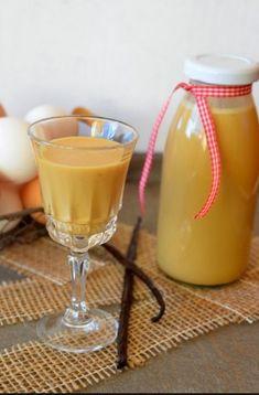 Яйцо+мед+коньяк+лимон = эликсир от болей и слабости организма! Попробуйте! - CELEBNIK. RU Cocktail Drinks, Alcoholic Drinks, Beverages, Cocktails, Nina Klein, Distilling Alcohol, Alcohol Recipes, Getting Drunk, Smoothies