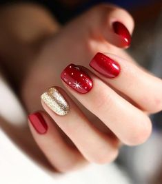 Red symbolizes enthusiasm and bolism. It is very suitable for red nail art design when celebrating festivals. Red nails are suitable for any shape and length of nails. Today, in this article, we will show you 69 Trendy Red Acrylic Nail Designs, whic Christmas Gel Nails, Christmas Nail Art Designs, Winter Nail Designs, Holiday Nails, Easy Christmas Nail Art, Christmas Design, Red Acrylic Nails, Acrylic Nail Designs, Red Gel Nails