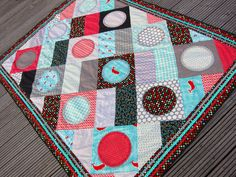 Patchwork quilt with tutorial by farbenmix.de