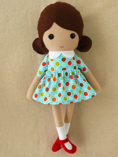 I want to learn how to sew dolls like this!