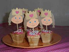 Leuk trakteerideetje met de prinsessenprikkers van Hippe Traktaties ! http://www.hipperdepip.com/verjaardag_traktatie/verjaardag_traktatie_hippemeisjes/traktatie_prinses