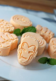 Some fantastic #keto #avengers themed Orange Creamsicle #FatBombs for #MemorialDay weekend! Shared via http://www.ruled.me/