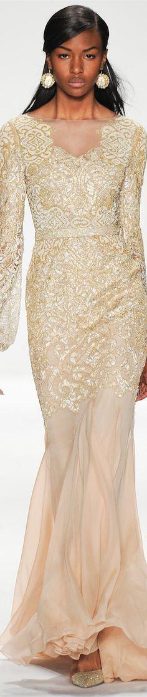 Badgley Mischka fall/winter 2014 collection – New York fashion week Fashion Moda, Fashion Week, Runway Fashion, Fashion Show, Fashion Design, Net Fashion, New York Fashion, Glamour Moda, Costume