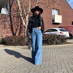 fall outfits black girl winter fashion ~ herbst outfits schwarz mädchen wintermode fall outfits black girl winter fashion ~ Coat winter outfits, Going Out winter outfits, Chic winter outfits Girls Winter Fashion, Winter Fashion Casual, Black Girl Fashion, Fashion Kids, Autumn Fashion, Fashion Bible, Casual Fall, Black Girl Style, Black Women Style