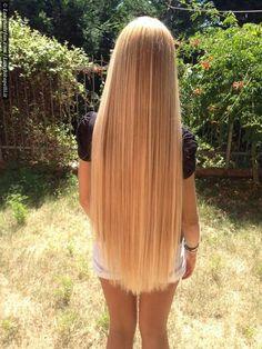 Fantastic perfect long straight hair - like liquid gold :-)