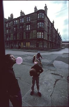 Glasgow, 1980 Raymond Depardon                                                                                                                                                     Plus
