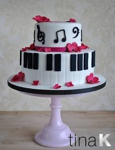 Image result for piano cake Music Themed Cakes, Music Cakes, Buttercream Cake, Fondant Cakes, Cupcake Cakes, Bolo Musical, Piano Cakes, Birthday Cake Girls, Partys