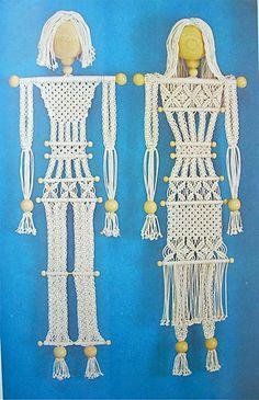 sandylandya@outlook.es  the mccall's book of handcrafts. macrame people