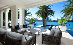 outdoor living taking advantage of magnificent view - Gold Coast Australia