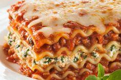 spinach lasagna ~ lasagne with spinach ; lasagne with spinach and meat ; lasagne with spinach and ricotta ; spinach lasagna roll ups ; spinach and ricotta lasagne ; Lasagna Recipe Spinach Beef, Cottage Cheese Lasagna Recipe, Easy Lasagna Recipe With Ricotta, Classic Lasagna Recipe, Lasagna With Spinach, Zuchinni Lasagna, How To Cook Lasagna, How To Cook Pasta, Cooking Lasagna