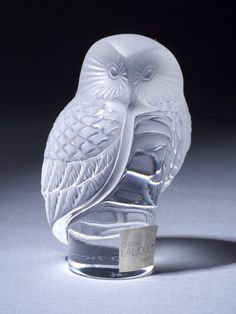 R.LALIQUE___ Glass Owl  We have this one