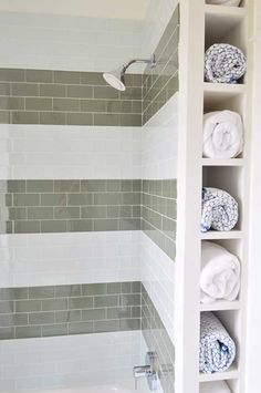 32 of The Most Genius DIY Projects to Keep Bath Towels Organized