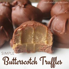 Simple butterscotch truffles - an easy recipe using only 3 ingredients for the filling and covered in chocolate. Fudge Recipes, Candy Recipes, Sweet Recipes, Dessert Recipes, Holiday Baking, Christmas Baking, Butterscotch Candy, Butterscotch Squares Recipe, Caramel Candy