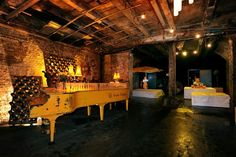 Veuve Clicquot Piano Bar- REALLY want to go here!