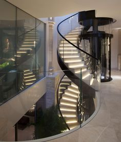 Does your home have a staircase? Take your interior design to a whole new level with these 8 beautiful staircase ideas for your home which are anything but ordinary. Home Stairs Design, Dream Home Design, Modern House Design, Luxury Staircase, Modern Staircase, Staircase Ideas, Interior Staircase, Dream House Interior, Luxury Homes Dream Houses