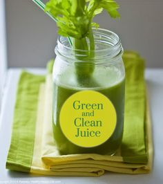 Great green juice recipe with kale, celery, cucumber, apple, parsley, lemon and ginger