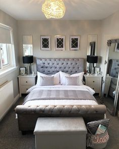 41 Gorgeous Grey Bedroom Designs for Extraordinary Place to Sleep inspirationen Silber 41 Gorgeous Grey Bedroom Designs for Extraordinary Place to Sleep Silver Bedroom, Grey Bedroom With Pop Of Color, Bedroom Interior, Bedroom Makeover, Grey Bedroom Decor, Grey Bedroom Design, Bedroom Decor, Elegant Bedroom, Apartment Decor