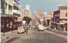 Commissioner Street Johannesburg 1969 Kruger National Park, National Parks, Apartheid Museum, Johannesburg City, Third World Countries, Historical Pictures, African History, Back In The Day, Live