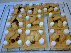 Fiery Furnace Snack S'mores yes! gotta do this Sunday School Snacks, Sunday School Projects, Sunday School Classroom, Sunday School Lessons, School Fun, Bible Crafts For Kids, Preschool Bible, Church Activities, Activities For Kids