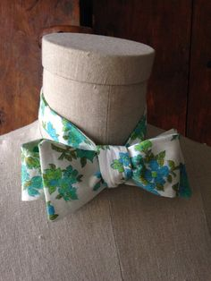 Men's Bow Tie in vintage cotton floral print in blue, green & white
