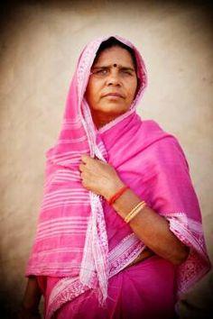 pink-sari-india