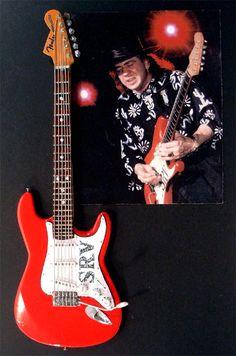 Stevie Ray Vaughan and Fender Stratocastor '62