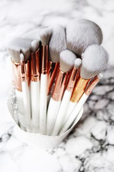 Spectrum Collections Brushes | Marbleous 12 Piece Set Review #makeupbrushes