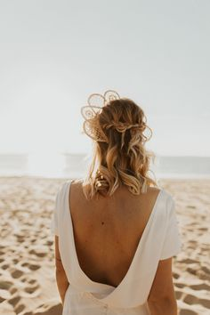 Mariage au Bassin d'Arcachon - Shooting d'inspiration • Sparkly Agency Golden Hour, Celine, Marie, Camisole Top, Inspiration, Tank Tops, Articles, Women, Backless Wedding Dresses