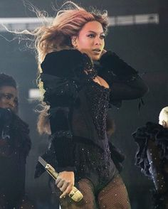7cd62638b7 Beyoncé Formation World Tour Rose Bowl Los Angeles California 14th May 2016  Beyonce Hair Blonde