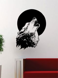 Wolf Howling at the Moon Animal Decal Wall Vinyl Art Home Decor Room Decoration