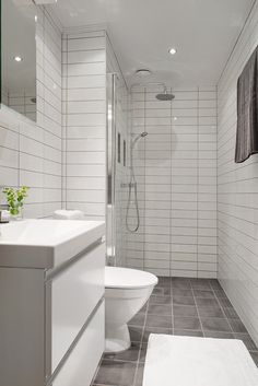 Totalrenoverat badrum med tidlösa material