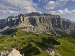 Südtirol - Alto Adige - South Tyrol Gruppo del Sella dal Passo Gardena Mountain Landscape, Monument Valley, Community, Group, Board, Nature, Travel, Naturaleza, Viajes