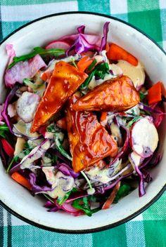 VeganSandra - tasty, cheap and easy vegan recipes by Sandra Vungi: Crunchy vegetable salad with peanut butter-orange sauce and BBQ tofu