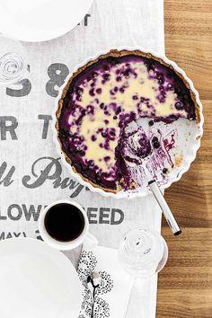 Blueberry pie in Finnish style. Photo: Krista Keltanen. Story: Jonna Kivilahti. Kotivinkki 8/2013.