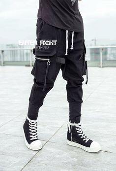 men's outfits – High Fashion For Men Mode Cyberpunk, Cyberpunk Clothes, Cyberpunk Fashion, Dark Fashion, Urban Fashion, Mens Fashion, Cool Outfits, Casual Outfits, Men Casual