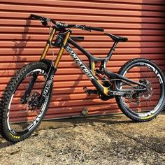 Insane Santa Cruz v10 black with fox float x2 shock and fox 40 kashima fork! Hot or not? Coment below  #downhilladiction by downhilladiction