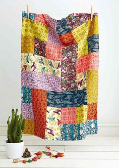 Kantha quilt by Jo Avery for Issue 18 of Love Patchwork & Quilting magazine. This could be a good layout for a rag quilt. Patchwork Quilting, Scrappy Quilts, Easy Quilts, Kantha Quilt, Owl Quilts, Star Quilts, Rag Quilt, Big Block Quilts, Quilt Blocks