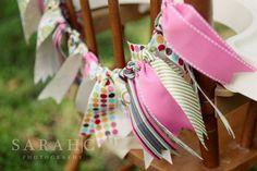 Guirnalda de cintas de colores para decorar