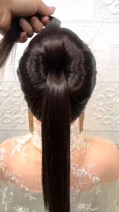 Easy Hairstyles For Thick Hair, Hairdo For Long Hair, Braided Hairstyles Updo, Curly Hair Tips, Headband Hairstyles, Hair Tips Video, Hair Videos, Front Hair Styles, Medium Hair Styles
