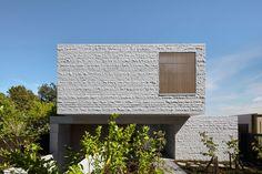 The Granite-Clad Armadale Residence by B.E Architecture - Design Milk