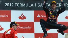 Red Bull's Mark Webber beat Ferrari's Fernando Alonso in a close battle to win the British Grand Prix.
