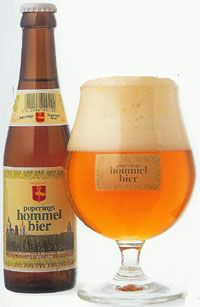 Poperings Hommelbier - Brouwerij Van Eecke, Watou, Belgie. Beoordeling GGOB: 7,4 Beer Dip, Beer Glassware, Beers Of The World, Belgian Beer, Beer Tasting, Beer Recipes, Beer Label, Wine And Beer, Packaging