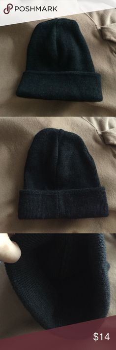 NEW brandy melville soft dark gray beanie ONE SIZE. bought from brandy, thought I'd wear it more but I've only worn it once for like 2 hrs haha. No tags on the inside as it was itching me when I was wearing it. Really soft and I'd like to keep it but I'm trying to downsize. But if you're a brandy girl it's definitely an item you've seen before in their stores. Brandy Melville Accessories Hats