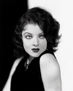 Wow...the very beautiful and sexy Myrna Loy
